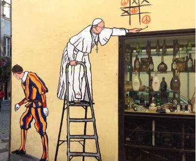 I murales con Papa Francesco che non ci sono più
